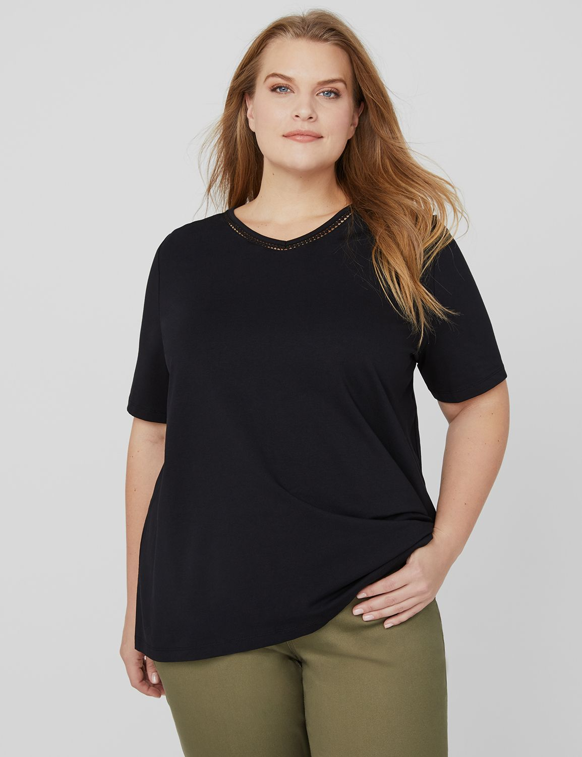 Suprema Lavish Tee 1087747 SS Basic Vneck with trim- S MP-300101131