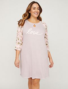 Love Graphic Sleepshirt