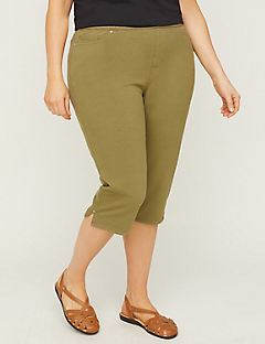 6302b727a7891 Plus Size Capris   Shorts