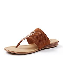 Good Soles Comfort Flip Flip Sandal with Studs
