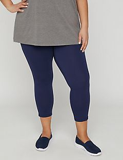 Essential Solid Capri Legging