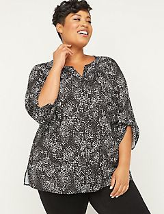 Oasis Hills Signature Crepe Buttonfront Top